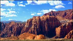 Snow Canyon State Park, St. George Ut. A pretty little park with large caves and dead volcanoes to explore. I want to go back!