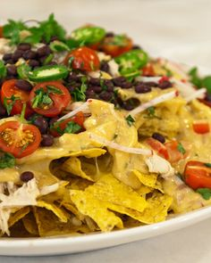 Complete a plate of Nachos Supremo with this irresistible cheese sauce. Huevos Rancheros, Mexican Food Recipes, Snack Recipes, Ethnic Recipes, Mexican Dishes, Mexican Appetizers, Mexican Cooking, Supper Recipes, Party Appetizers
