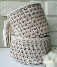 Crochet Basket Tutorial, Crochet Bag Tutorials, Crochet Basket Pattern, Crochet Instructions, Crochet Stitches Patterns, Macrame Patterns, Crochet Videos, Crochet Designs, Owl Patterns