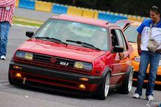 Golf Video Tips Driving Volkswagen Golf Mk2, Vw Mk1, Jetta Vr6, Vw Motorsport, Carros Bmw, Vw Cars, Car Engine, Ford Gt, Go Kart