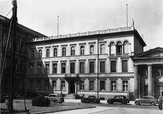 "Pariser Platz 1, Das ""Haus Sommer"". Berlin, 1932. o.p."
