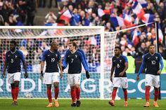 """Football: avertissement sans frais pour la France contre la Colombie - Cétait un test et il na pas vraiment été concluant. La France sest inclinée à domicile (2-3) vendredi 23 mars contre la Colombie. - https://ift.tt/2Gjb7S2 - \""""lemonde a la une\"""" ifttt le monde.fr - actualités  - March 24 2018 at 01:08AM"""