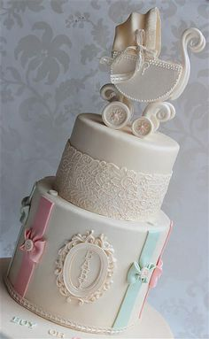 An elegant baby shower cake Gorgeous Cakes, Pretty Cakes, Cute Cakes, Amazing Cakes, Baby Cakes, Cupcake Cakes, Baby Shower Elegante, Elegant Baby Shower, Baby Shower Cakes Neutral
