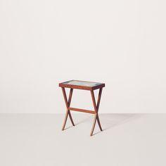 Gaspar side table by Etel Interiores