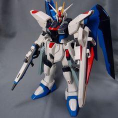 Bandai 1/60 Freedom Gundam built model kit SEED Kira Yamato Gunpla Figure #Bandai