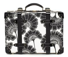 @katespadeny Japanese Floral Medium Suitcase would be cute carry-on / travel companion! ✈