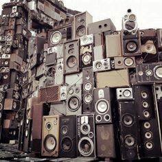 Wall of Sound. Wall of Sound.