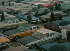 Trafic by Jacques Tati (1971) and end of the movie. Some Capris surrounded by other Ford vehicles.