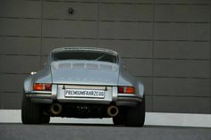 Porsche 911 S/T Recreation - thecoolcars. Porsche 911 Rsr, Porsche Carrera, Porsche Classic, Classic Motors, Porsche Sports Car, Porsche Cars, Classic Sports Cars, Classic Cars, Hot Rods
