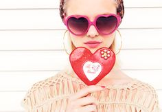 Bershka on We Heart It Fashion Photo, Fashion Models, Fashion Beauty, Luxury Fashion, Women's Fashion, Heart Shaped Glasses, Heart Glasses, Hannah Holman, Mode Rose