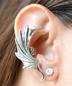 Items similar to Dragon Wing Ear Cuff Devil Wing Earcuff Demon Wing Earring Dragon Jewelry Wing Earcuff Bat Wing Jewelry Silver Bat Winged Dragon Cuff on Etsy Wing Earrings, Cuff Earrings, Circle Earrings, Ear Jewelry, Boho Jewelry, Jewellery, Jewelry Ideas, Silver Jewelry, Jewelry Design