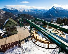 A view from the top. At only 10 minutes from downtown Banff @mtnorquay is one of the most convenient mountains in the area to take a few laps. Check out #MtRecon up now where we meet up with some locals and find out everything we can about this unique resort. Photo: @bengirardi #explorealberta #twsnow