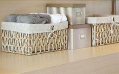 basket of towels on wooden Home Organisation, Closet Organization, Personal Organizer, Diy Box, Bassinet, Cribs, Easy Diy, Ikea, Sweet Home