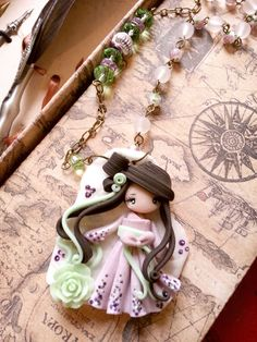 lady gheisha doll by lapetitedeco on Etsy Polymer Clay Figures, Cute Polymer Clay, Cute Clay, Polymer Clay Dolls, Polymer Clay Flowers, Polymer Clay Projects, Polymer Clay Creations, Polymer Clay Jewelry, Clay People