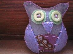 light violet owl www.amanays.etsy.com