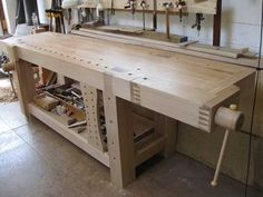 Maple workbench with shoulder vise