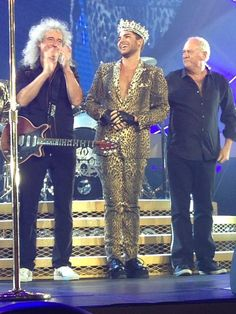 RT @citygirl36: Die hard Queen fan behind us near tears. Said Adam was incredible. Entire show was perfect :*) pic.twitter.com/DV1ua9OSkq