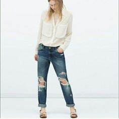 Zara boyfriend jeans Adorable boyfriend jeans from Zara love them but are too big sadly worn once. Zara Jeans Boyfriend