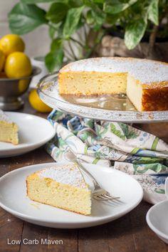 An easy lemon ricotta cake made from ground almonds and ricotta cheese. #ricottacake #italiancake #almondflourcake #passovercake #flourlesscake #lowcarb #keto #glutenfreedesserts