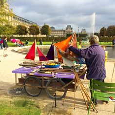 Please do take your kid to the Luxembourg Garden to play with a sailboat.