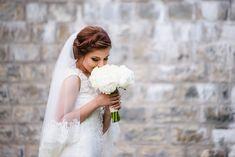 Avem placerea sa va prezentam unul dintre cele mai frumoase evenimente si anume o nunta la Castel Cantacuzino cu Flori si Bogdan. Castelul Cantacuzino din Busteni este o locatie magnifica pentru cuplurile ce vor sa isi uneasca destinele. Aceasta locatie de nunta pune la dispozitie, pe langa castelul in sine, o priveliste extraordinara ce creeaza cadrul de poveste. Wedding Bouquet Wedding Flowers Castle Wedding Buchet Mireasa Flori albe Wedding Bouquets, Wedding Dresses, Cabo, Fotografia, Bride Dresses, Bridal Gowns, Wedding Brooch Bouquets, Bridal Bouquets, Weeding Dresses