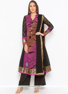 Real magnificence can come out from your dressing trend with this black faux georgette readymade suit. The incredible dress creates a dramatic canvas with wonderful embroidered work. Comes with matching bottom and dupatta. Buy Salwar Kameez Online, Latest Salwar Kameez, Indian Clothes Online, Online Shopping Clothes, Pakistani Suits, Anarkali Suits, Purple Fabric, Black Fabric, Black Culottes