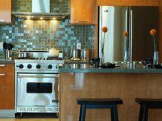 Amusing Kitchen Decorating Themes