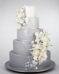 ✔ 2019 wedding cake trends wedding cakes vintage 00022 - Wedding World Pretty Wedding Cakes, Black Wedding Cakes, Floral Wedding Cakes, Wedding Cake Rustic, Elegant Wedding Cakes, Beautiful Wedding Cakes, Wedding Cake Designs, Wedding Cake Toppers, Beautiful Cakes