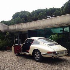 Fashion Gone rouge: Photo Old Vintage Cars, Vintage Porsche, Vintage Sport, Vintage Vibes, My Dream Car, Dream Cars, Porche 911, Pretty Cars, Travel