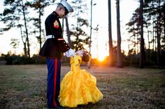 A sweet Father-Daughter photo shoot, before a Marine Corps Dance— just in time for Father's Day. Photos by Rachel Smith Photography. Daddy Daughter Pictures, Daddy Daughter Dance, Baby Photos, Family Photos, Father Daughter Photography, Aaliyah, Rachel Smith, Daddys Little Princess, Princess Photo