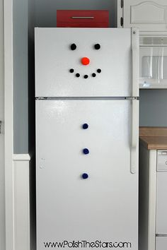 @Donna Hunter-I think you need to add this to your snowman collection....lol