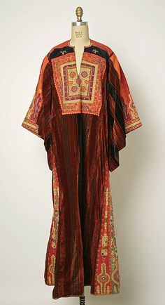 Wedding dress, 1930s–40s, Middle Eastern (Palestinian peoples), cotton, silk, Length at CB: 58 3/4 in.
