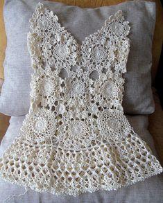 design beach Unique Wedding dress, Hand Crochet lace Bridal gown, Beach Bohemian Romantic costume for bride. Mode Crochet, Hand Crochet, Crochet Lace, Crochet Tank Tops, Crochet Blouse, Crochet Wedding Dresses, Bridal Lace, Bridal Gown, Crochet Fashion