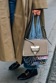 Tommy Ton - Archive Street Style, Street Chic, Loewe Bag, Fab Bag, Tommy Ton, Winter Warmers, Lookbook, Thing 1, Girls Accessories
