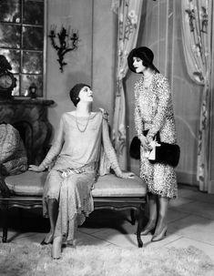 Ir al teatro significaba estrenar una pinta como esta (1929):