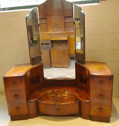 Ziggy Sawdust Findings: Art Deco Dressing Table, In Need Of A Little TLC!
