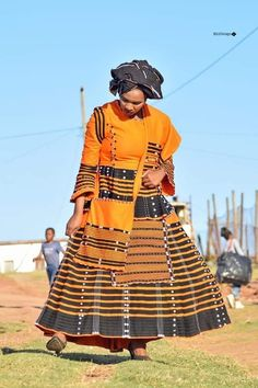 African Dresses Plus Size, African Maxi Dresses, Latest African Fashion Dresses, African Dresses For Women, Xhosa Attire, African Attire, South African Traditional Dresses, Traditional Outfits, African Shirts
