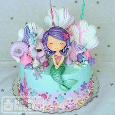 Little mermaid by Lori Mahoney (Lori's Custom Cakes) Little Mermaid Cakes, Mermaid Birthday Cakes, Little Mermaid Birthday, Little Mermaid Parties, Birthday Cake Girls, 5th Birthday, Birthday Ideas, Sirenita Cake, Birthday Party Decorations