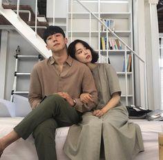 || ♡ Pinterest ~ @btslicorne Korean Couple, Best Couple, Ulzzang Couple, Couple Relationship, Fashion Couple, Couple Outfits, Partners In Crime, Korea Fashion, Korean Celebrities