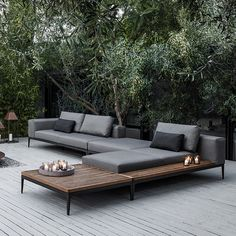 Amazing Of Modern Patio Lounge Chairs 25 Best Ideas About Modern Regarding Outdoor Lounge Furniture Modern Outdoor Seating, Outdoor Spaces, Outdoor Living, Outdoor Decor, Outdoor Sofas, Outdoor Balcony, Elle Decor, Sofa Area Externa, Veranda Design