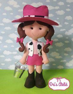 Felt Dolls, Baby Dolls, Panda Art, Clay Figures, Fabric Dolls, Doll Patterns, Diy And Crafts, Teddy Bear, Disney Princess