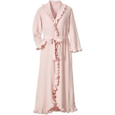1e4e974edc A chenille bathrobe that provides all season comfort