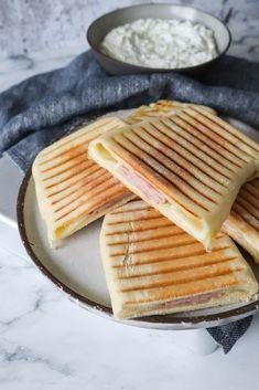 Fladbrød Som Panini Med Skinke Og Ost Toast Sandwich, First Kitchen, Always Hungry, Recipe Boards, Gouda, Cheddar, Mozzarella, Nutella, Feta