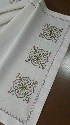Hand Embroidery For Beginners Hand Embroidery For Beginners Embroidery Designs Aari Embroidery Machine For Beginners Cross Stitch Borders, Cross Stitch Flowers, Cross Stitch Designs, Cross Stitching, Cross Stitch Embroidery, Hand Embroidery, Cross Stitch Patterns, Flower Embroidery, Modern Embroidery