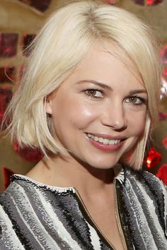 Michelle Williams Wows With A Peroxide Blonde Bob At A Louis Vuitton Dinner, 2014