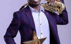 Mizter Okyere Crowned Instrumentalist of The Year At VGMA 2019 Comedy Show, Record Producer, Music Awards, Buzzfeed, Crown, Corona, Crown Royal Bags, Crowns