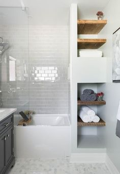 99 Small Master Bathroom Makeover Ideas on a Budget - Bathroom Tub Shower, Tub Shower Combo, Bathroom Renos, Bathroom Renovations, Bathroom Storage, Master Bathroom, Glass Shower, Bathroom Cabinets, Shower Tiles