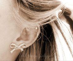 Ear cartilage piercing earrings #cartilage #earrings www.loveitsomuch.com