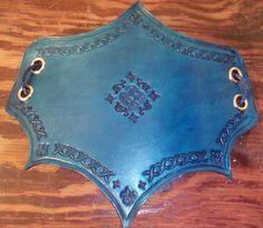 Leather bracelet / vambrace. Sapphire blue, fantasy style. Thick armor piece. Larp, costume, cosplay