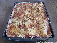 Prairie Living: Menus and Meals Perfect Pizza, Real Food Recipes, Real Foods, Menu Planning, Family Meals, Lasagna, Master Chef, Eat, Cooking